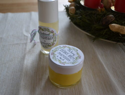 Šlehané extra výživné máslo na obličej a dekolt